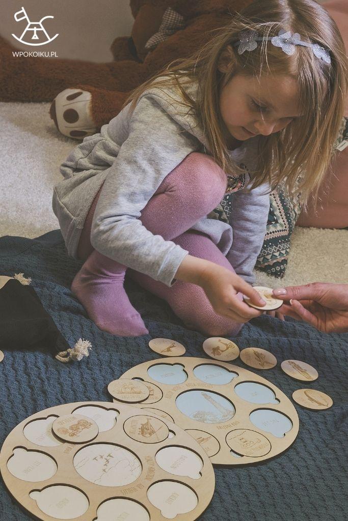 Obłędne koło, które łączy i uczy - drewniana zabawka