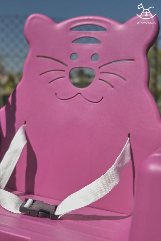 fioletowa huśtawka dla dzieci z tygryskiem