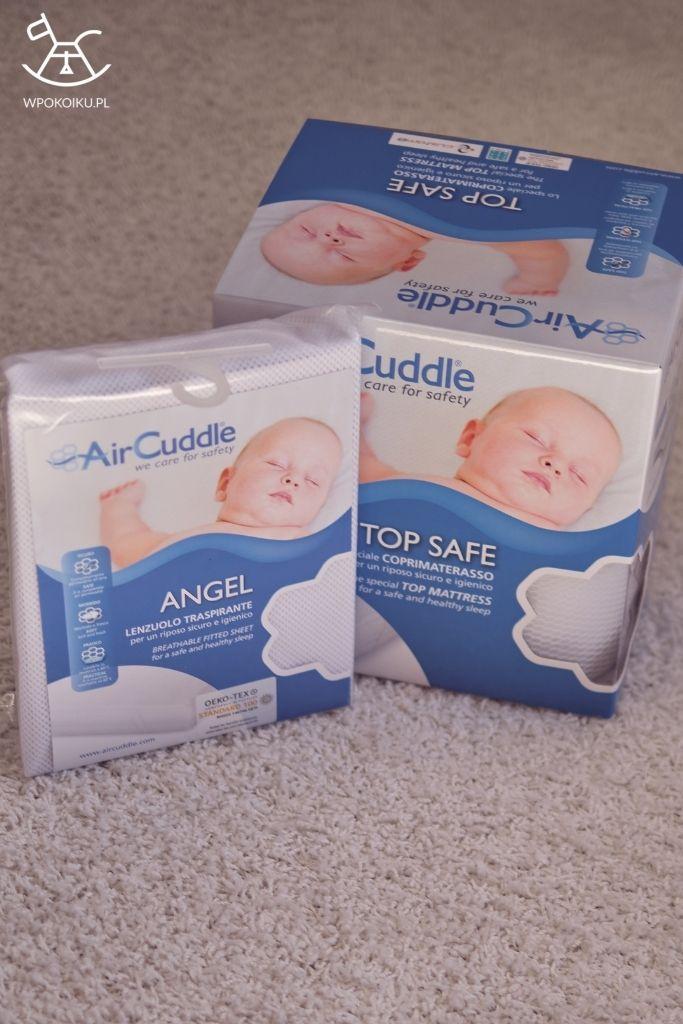 opakowanie przewiewnego prześcieradła AirCuddle Angel i antypotowego materaca Top Safe