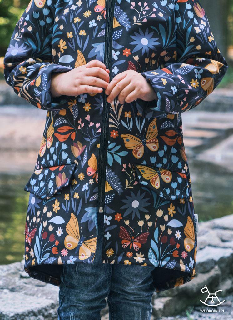 kurtka typu parka w motyle i kwiaty