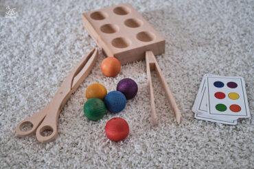 wszystkie elementy układanki montessori
