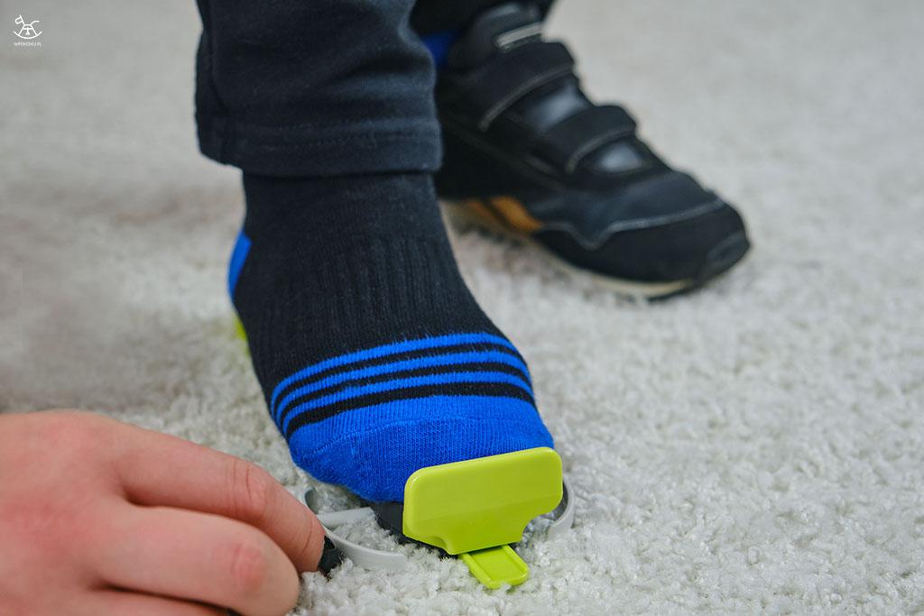 dopasowywanie stopy dziecka
